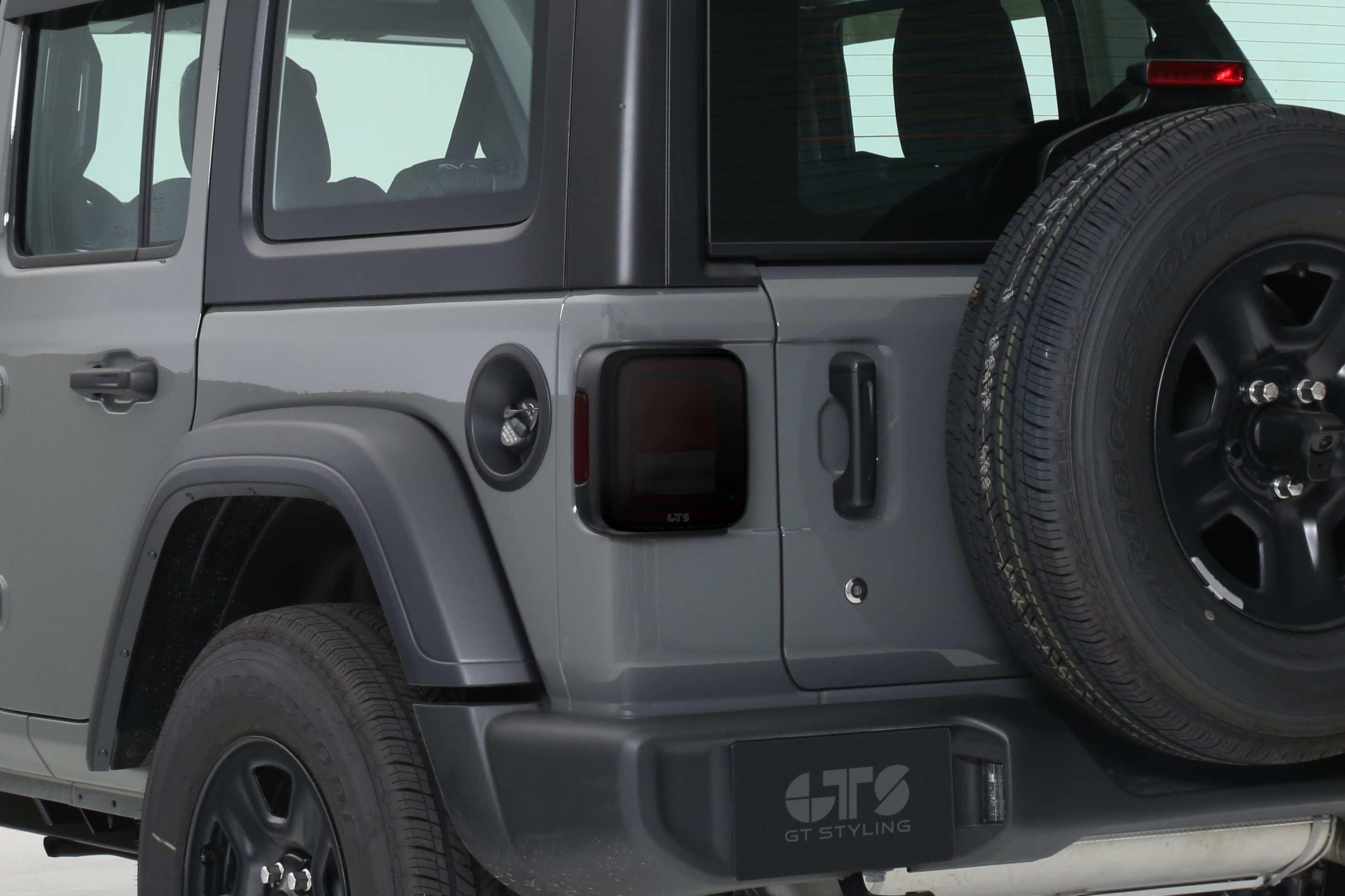 2018-2019 JEEP WRANGLER JL/JLU ALL TAILLIGHT COVER, 2PC, SMOKE (DOES NOT FIT FACTORY LED EQUIPPED VEHICLES)